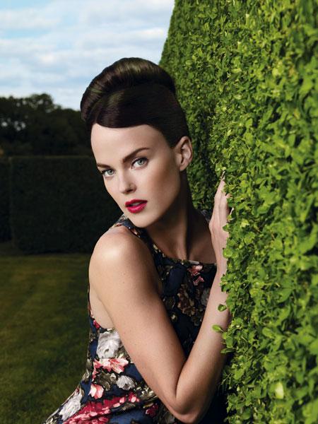Root for L'Oréal Professionnel Photo: Dusan Reljin Make-up: Christine